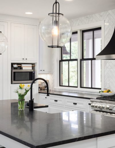 kitchen-4Tby4T
